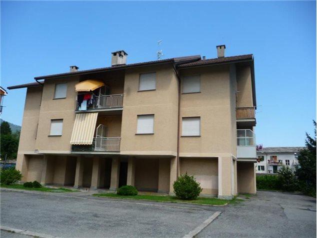 Foto 1 di Trilocale Via Parri, 11, Torre Pellice