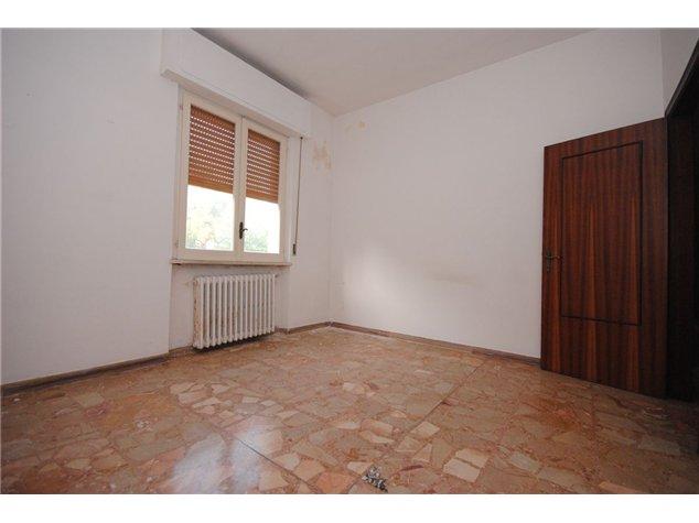 Pescara (PE), Casa Indipendente, Via Fonte D'Amore, 2
