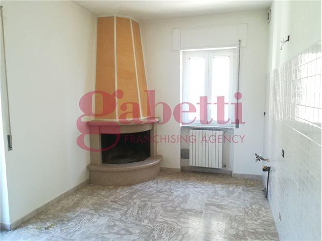 Venafro (IS), Casa Indipendente, Via Colonia Giulia, 52