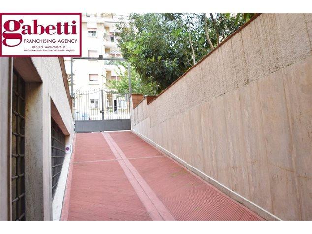 Roma (RM), Negozio, Via Guglielmo Mengarini