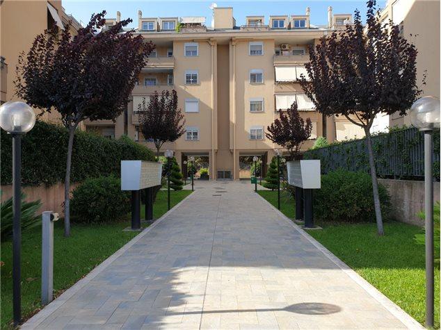 San Nicola la Strada: Appartamento in Vendita, Via Grotta , 47