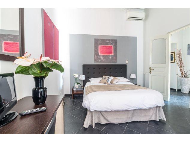 Roma: Appartamento in , Piazza Dell'unità, 0