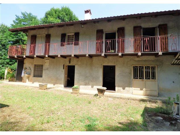 Manta: Casa Indipendente in , Via Valcrosa, 17