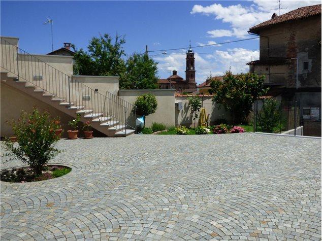 Verzuolo: Villa singola in , Via San Bernardo, 28
