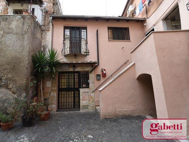 Civita Castellana: Appartamento in Vendita, Via Borguccio, 5