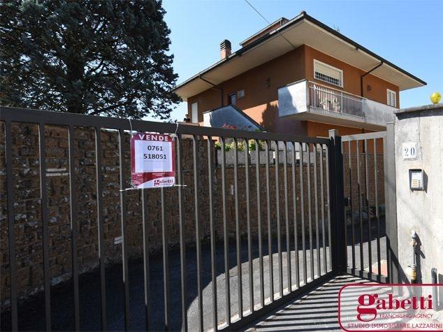 Civita Castellana: Appartamento in Vendita, Via Cristoforo Colombo, 1