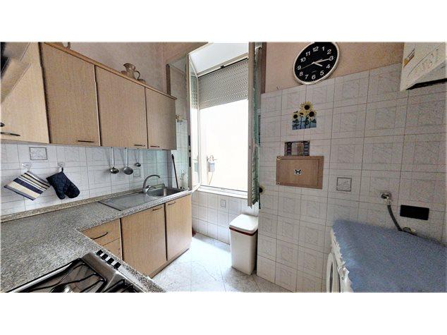 Napoli: Appartamento in , Via Settembrini , 61