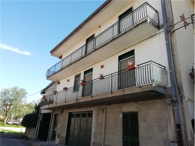 Belpasso: Appartamento in Vendita, Via Morvillo, 28