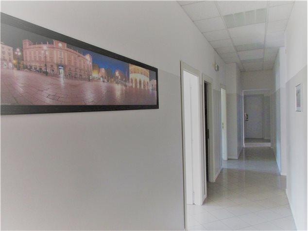 Piacenza: Ufficio in Affitto,
