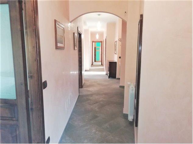 Catania: Appartamento in Vendita, Via Empedocle , 53