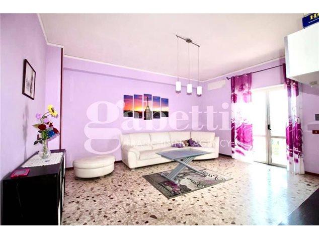 Arzano: Appartamento in Vendita, Via Saviano