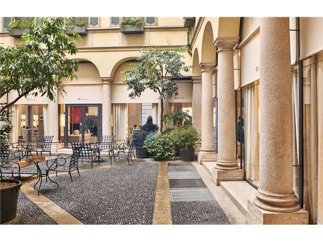 Ufficio In Affitto A Milano Via Montenapoleone 27 4 833 115 M 3 Locali 2 Bagni Gabetti