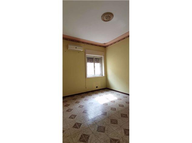 Palermo: Appartamento in , Via Cruillas, 242