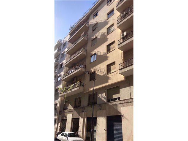 Palermo: Appartamento in Vendita, Via De Spuches, 54