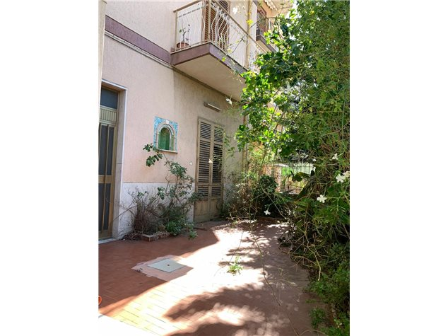 Palermo: Appartamento in Vendita, Via Badia