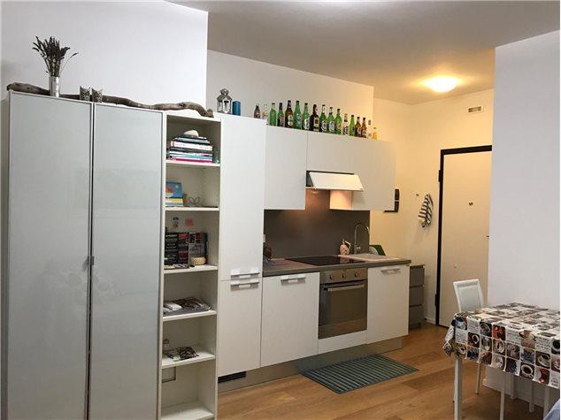 Ancona: Appartamento in Vendita, Via Carducci