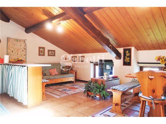 Comano Terme: Appartamento in Vendita, Frazione Villa, 23