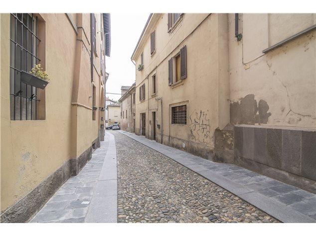 Pavia: Appartamento in Vendita, Via Alboino , 9