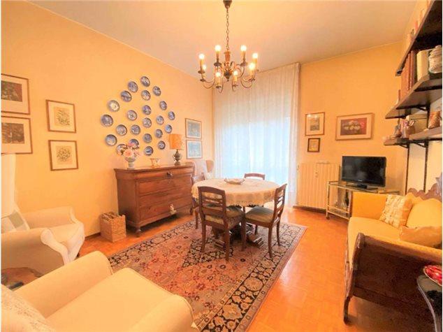 Pavia: Appartamento in , Via Cavallini, 2