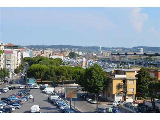 Pescara: Appartamento in Vendita, Viale Giovanni Bovio, 10