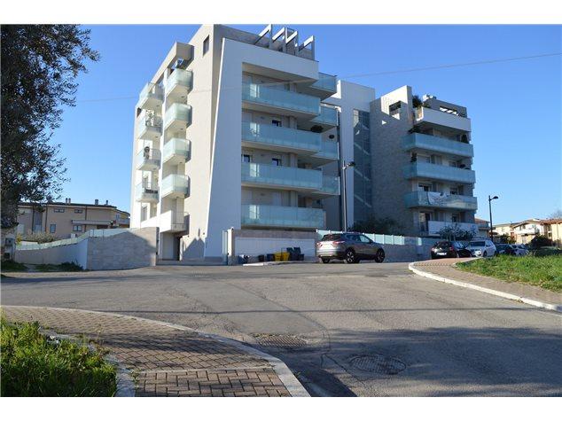 Pescara: Appartamento in Vendita, Via Forca Caruso , 20