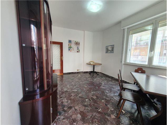 Albenga: Appartamento in Vendita, Via Venezia, 11
