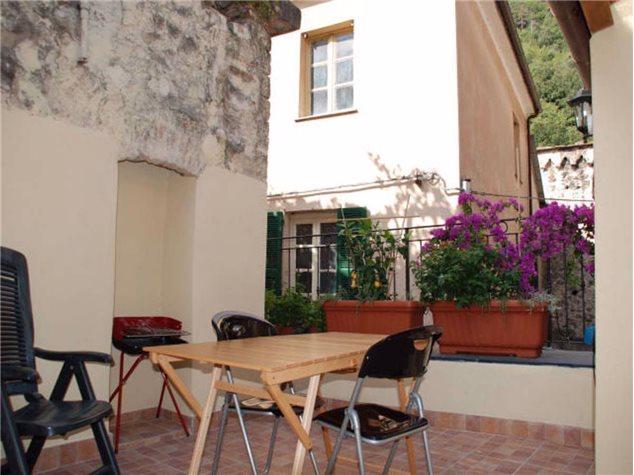 Zuccarello: Appartamento in Vendita, Via Cristoforo Colombo, 13
