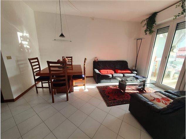 Albenga: Duplex in Vendita, Largo Tiziano, 3