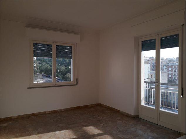 Reggio di Calabria: Appartamento in , Via Aschenez Prolungamento, 64 C