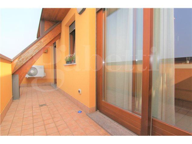Busto Arsizio: Appartamento in , Viale Trentino