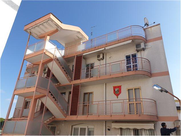 Adelfia: Appartamento in Vendita, Via Martiri Di Via Fani