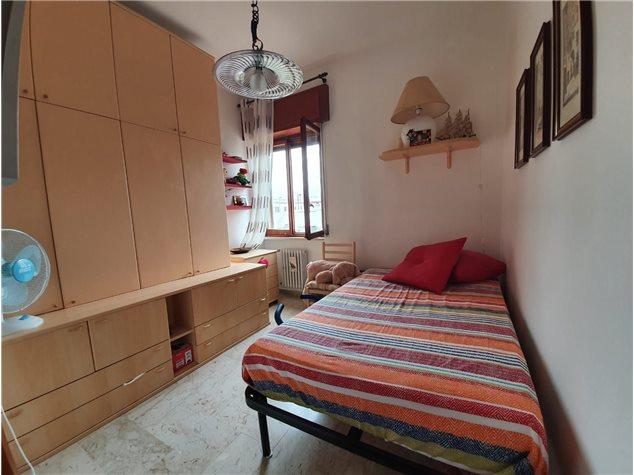 Brindisi: Appartamento in , Via Ammiraglio Cagni , 53
