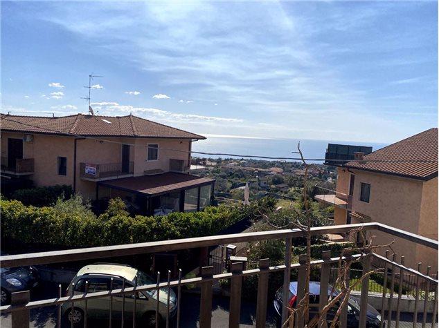 Aci Castello: Appartamento in Vendita, Via Acicastello , 44