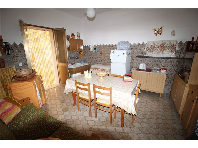 Maruggio: Villa in , Via Bartolomeo Diaz, 1