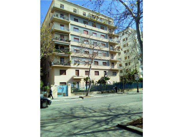 Palermo: Appartamento in Affitto, Via Libertà, 203