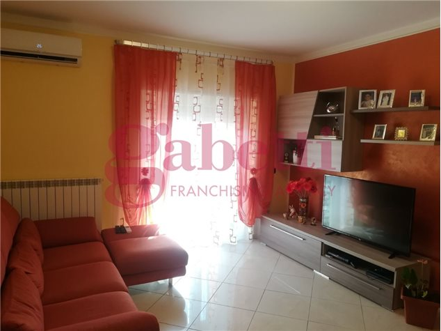 Venafro (IS), Appartamento, Viale Cesare Augusto, 1