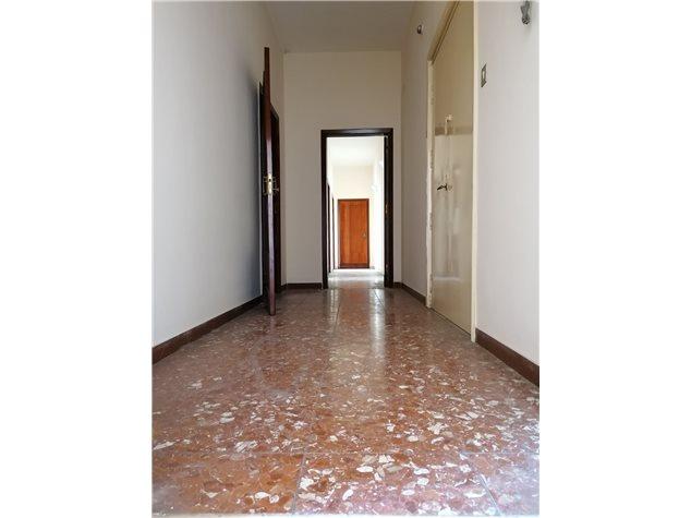 Nocera Inferiore: Appartamento in Vendita, Via Barbarulo, 1