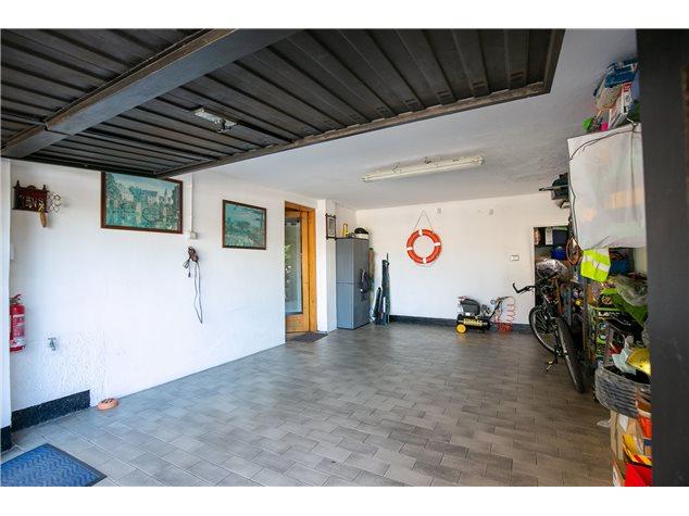 Muggiò: Casa Indipendente in , Via Padova, 9